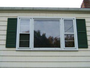 vinyl window replacement service