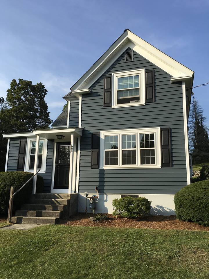 Replacement Window Contractors in Tewksbury